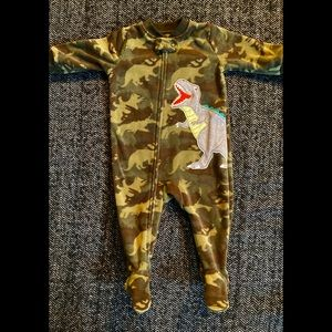 Carters fleece dinosaur size 6m